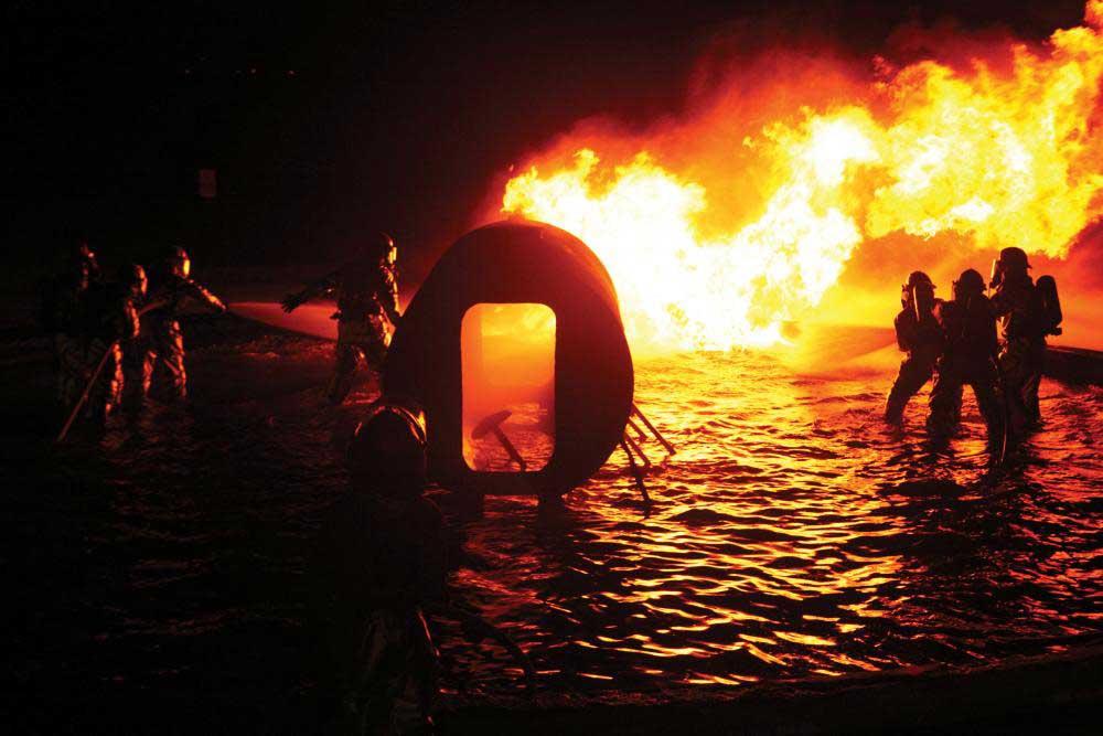 marine-firefight